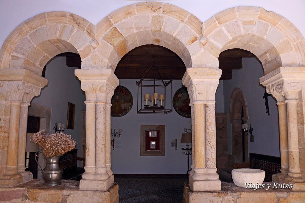 Capilla de San Miguel, Monasterio de San Pedro de Villanueva, Cangas de Onís