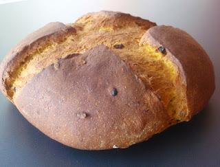 Pan de calabaza recién horneado