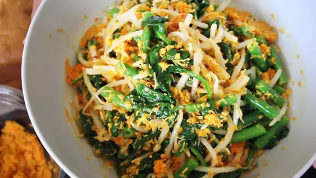 Resep Urap Sayur Bumbu Kelapa Cocok Untuk Menu Buka Bersama
