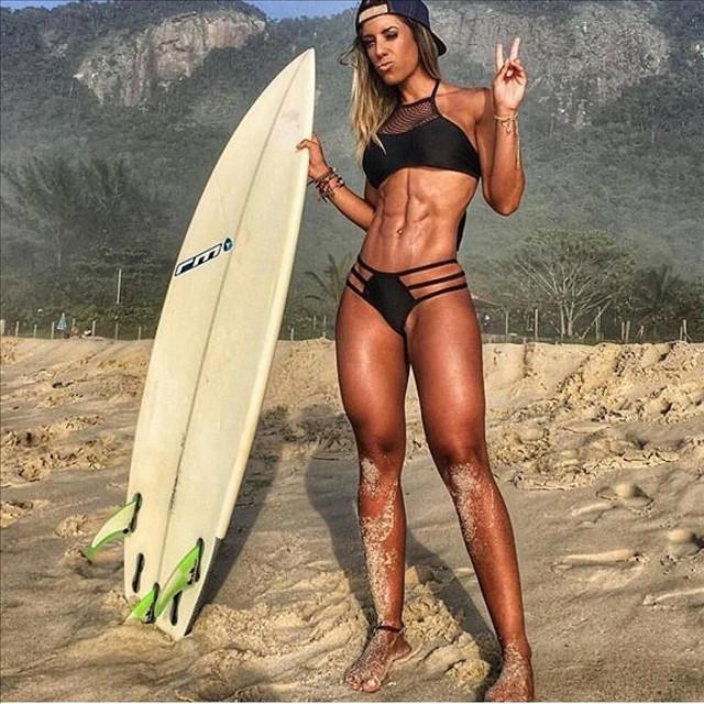 Brazilian Fitness Model Sabrina Toledo