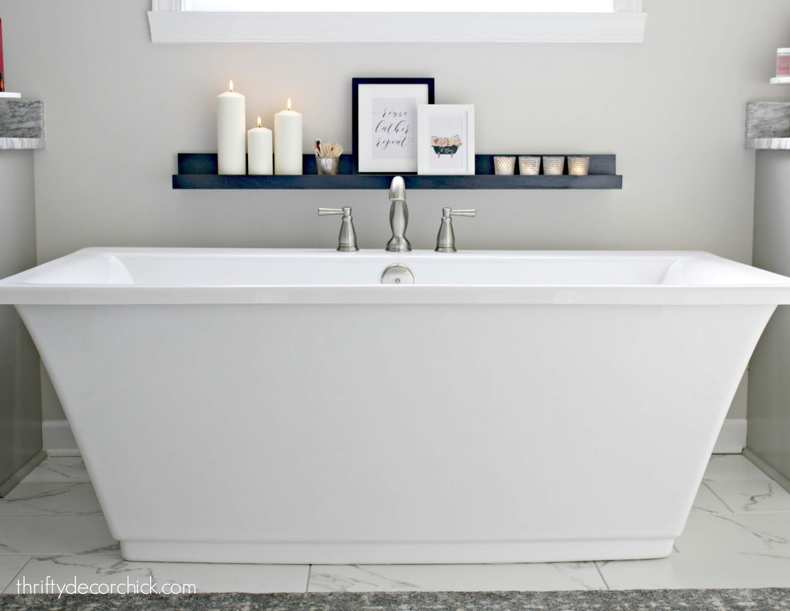 DIY picture ledge by tub