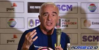 Gomez Siap Putus Rekor Buruk Persib di Kandang Arema FC