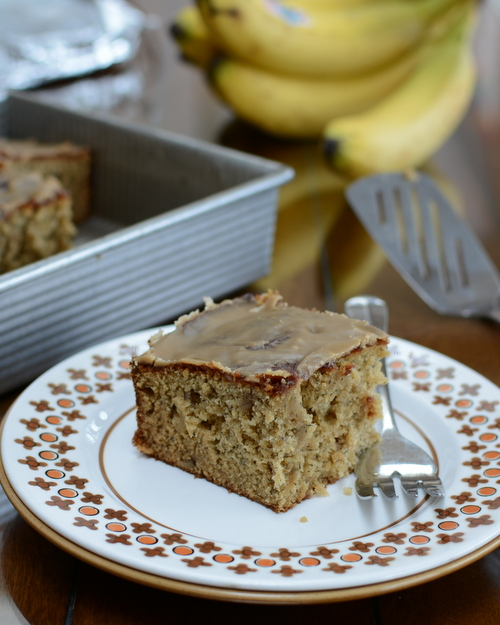 Banana Nut Cake ♥ KitchenParade.com, my mom's famous recipe, a great special-occasion cake yet simple and rustic enough to make often. New technique for ripening unripe bananas!