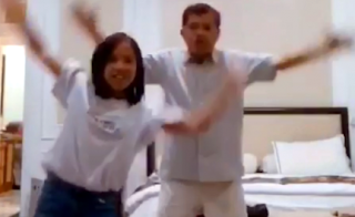 Video Goyang Tik Tok Yusuf Kalla dan Cucunya Yang Lagi Viral 2018