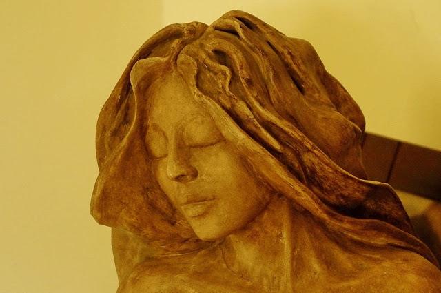 Escultura (Josefina Peraire i Alcubierre)