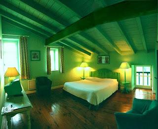 dormitorio paredes verdes