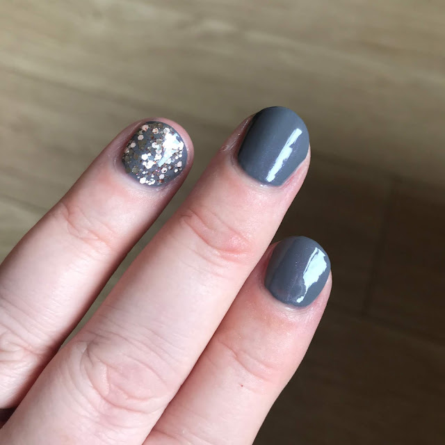Bohemian Spirit With Free Spirit Accent Nail swatch
