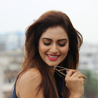 hot nusrat images