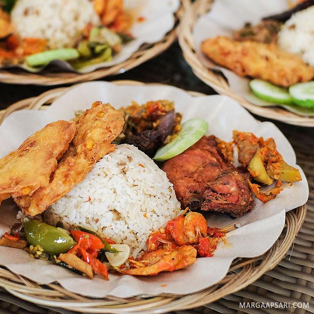 Bakoel Ussy, Cawang Jakarta Review