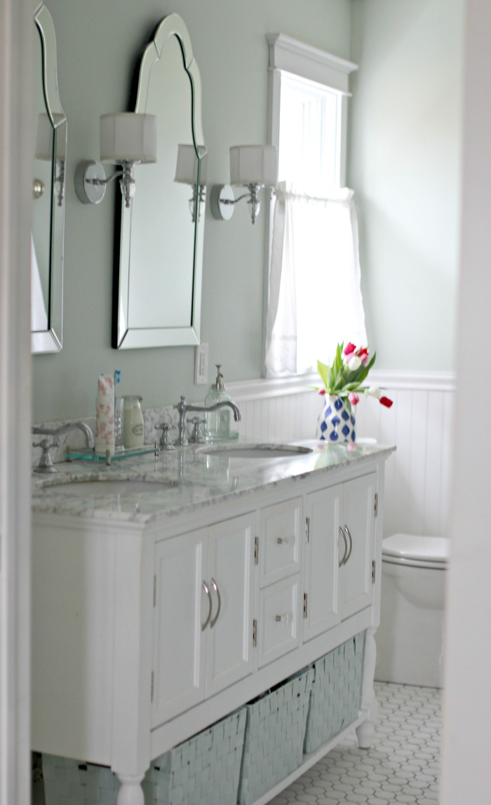 Carrera marble vanity top in master bathroom - www.goldenboysandme.com
