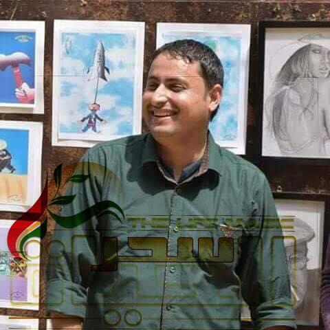 """"""" محمود هلهل """"من خلال الرسم بشكل عام والكاريكاتير بشكل خاص أعبر عن هواجس الناس   والأشغال اليدوية والصدفات من أحب هواياتي"""