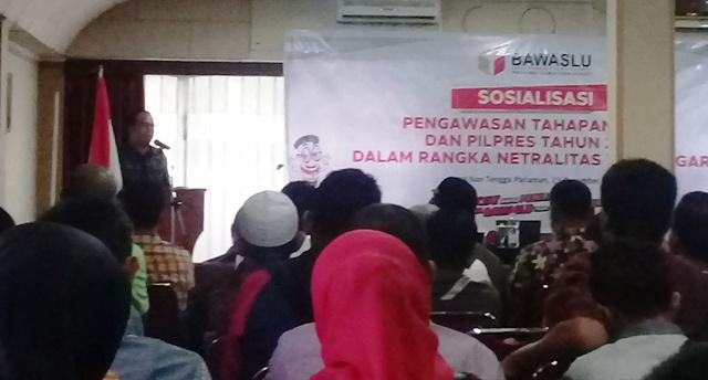 Vifner Ingatkan Wali Nagari di Padang Pariaman Tidak Terseret-Seret Politik Praktis