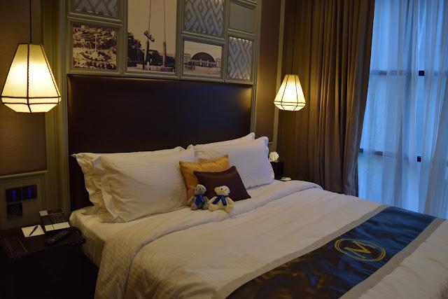 metropole hotel bangkok review
