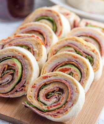 Italian Pinwheels #dinner #reciperolls