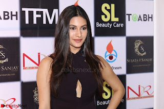 Amyra Dastur Attends Princess India 2016 17 (5).JPG