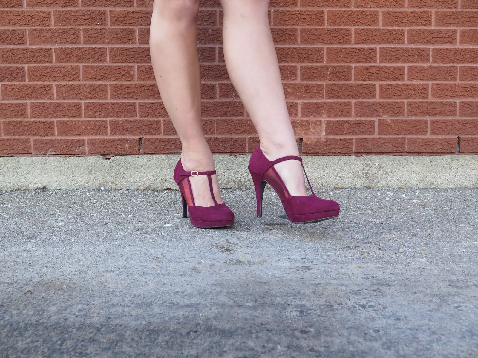 burgundy-suede-pumps