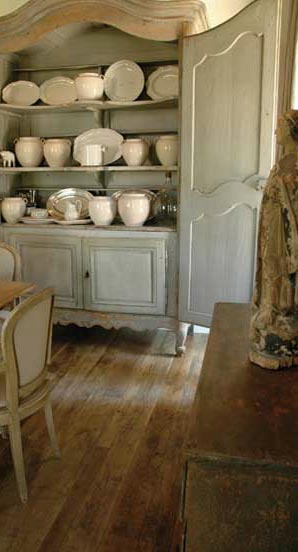 Antique Furniture and Accessories via Chateau Domingue as seen on linenandlavender.net
