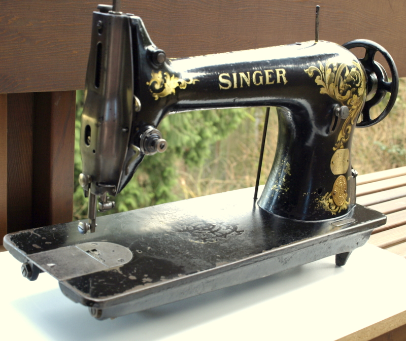 Tight Acres Singer 4040 Adorable Singer 20 Sewing Machine