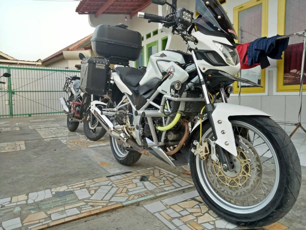 Download Ide 80 Modifikasi Motor Honda Cb150r Touring Terupdate