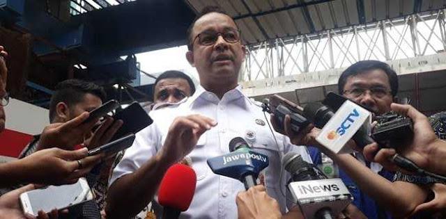 Gerak Cepat, Gubernur Anies Tinjau Titik Sumbatan Air Di Pancoran