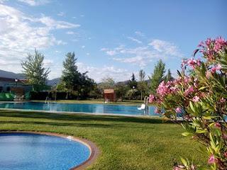 turismo-rural-el-burgo-malaga-piscina