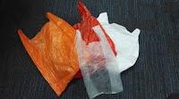 Bawa Beberapa Tas Plastik