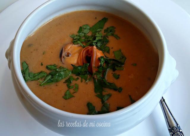 Crema de mejillones y su poquito de curry