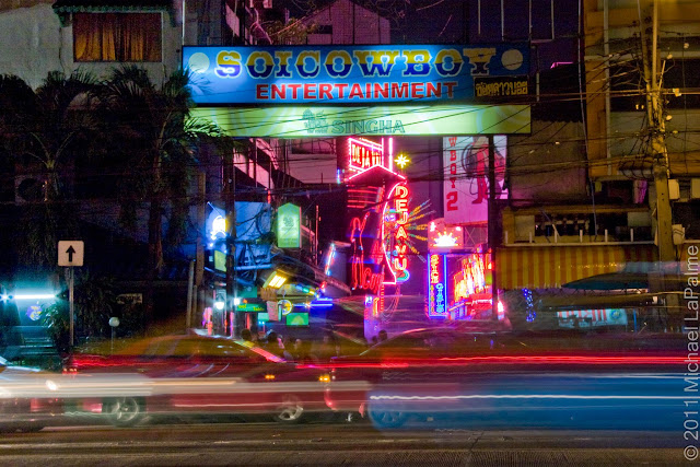 Soi Cowboy Red-Light District  © Michael LaPalme