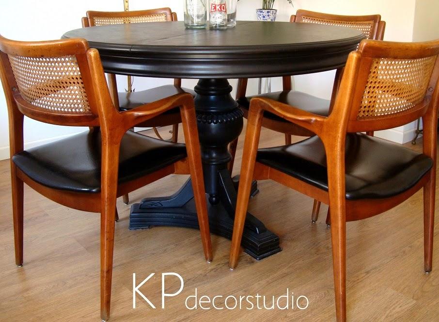 Sillas vintage estilo escandinavo para comedor. Sillas danesas de madera y ratán.