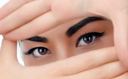 Maquillaje de ojos según su color