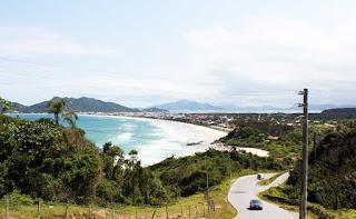 bombinhas en auto a brasil  praia Mariscal