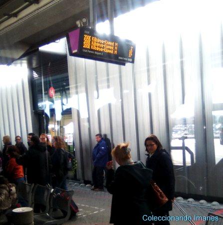 Parada del bus del aeropuerto de Budapest