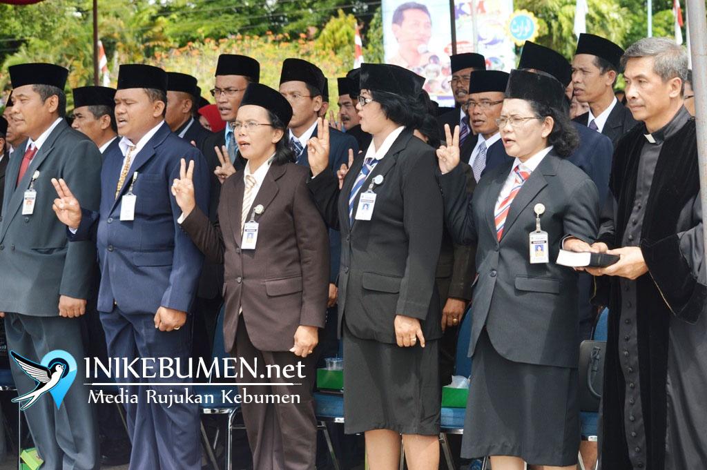 Bupati Kebumen Diperiksa KPK, 101 Pejabat Baru Batal Dilantik
