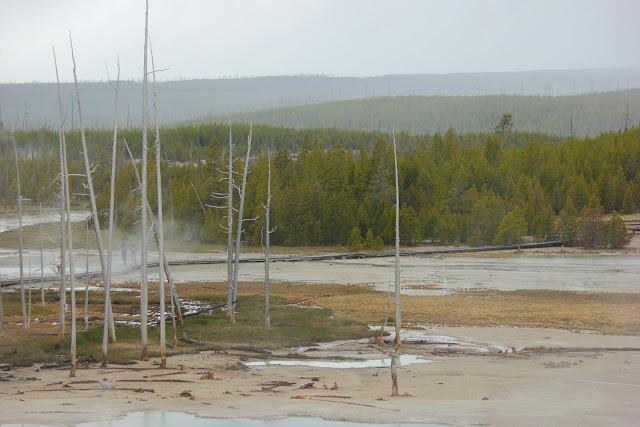 caldera, Yellowstone, http://bec4-beyondthepicketfence.blogspot.com/2016/05/work-hard-play-hard.html