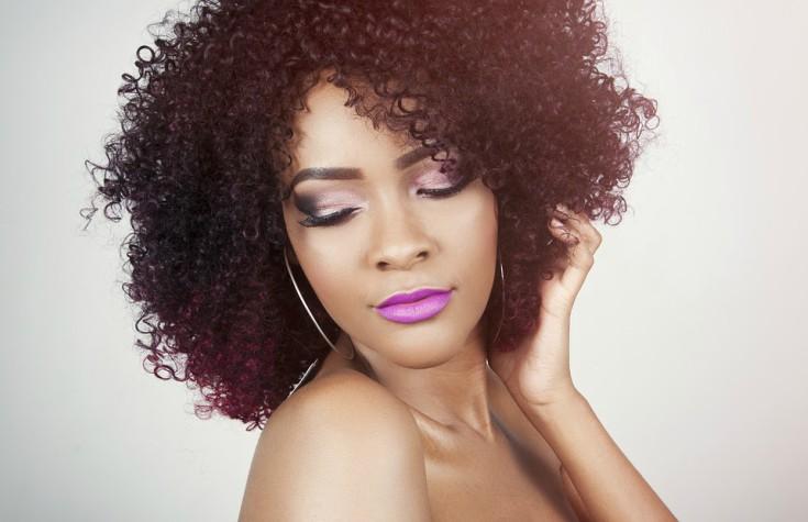 Tipos de corte de cabelo cacheado curto
