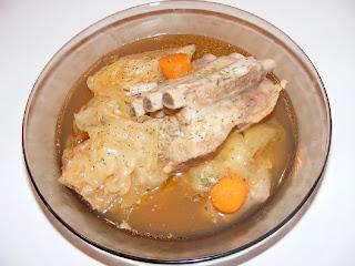 Ciorba cu varza acra si carne de porc reteta,