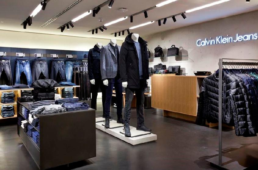 feac0f120fc26 Compras nas lojas Calvin Klein em Miami