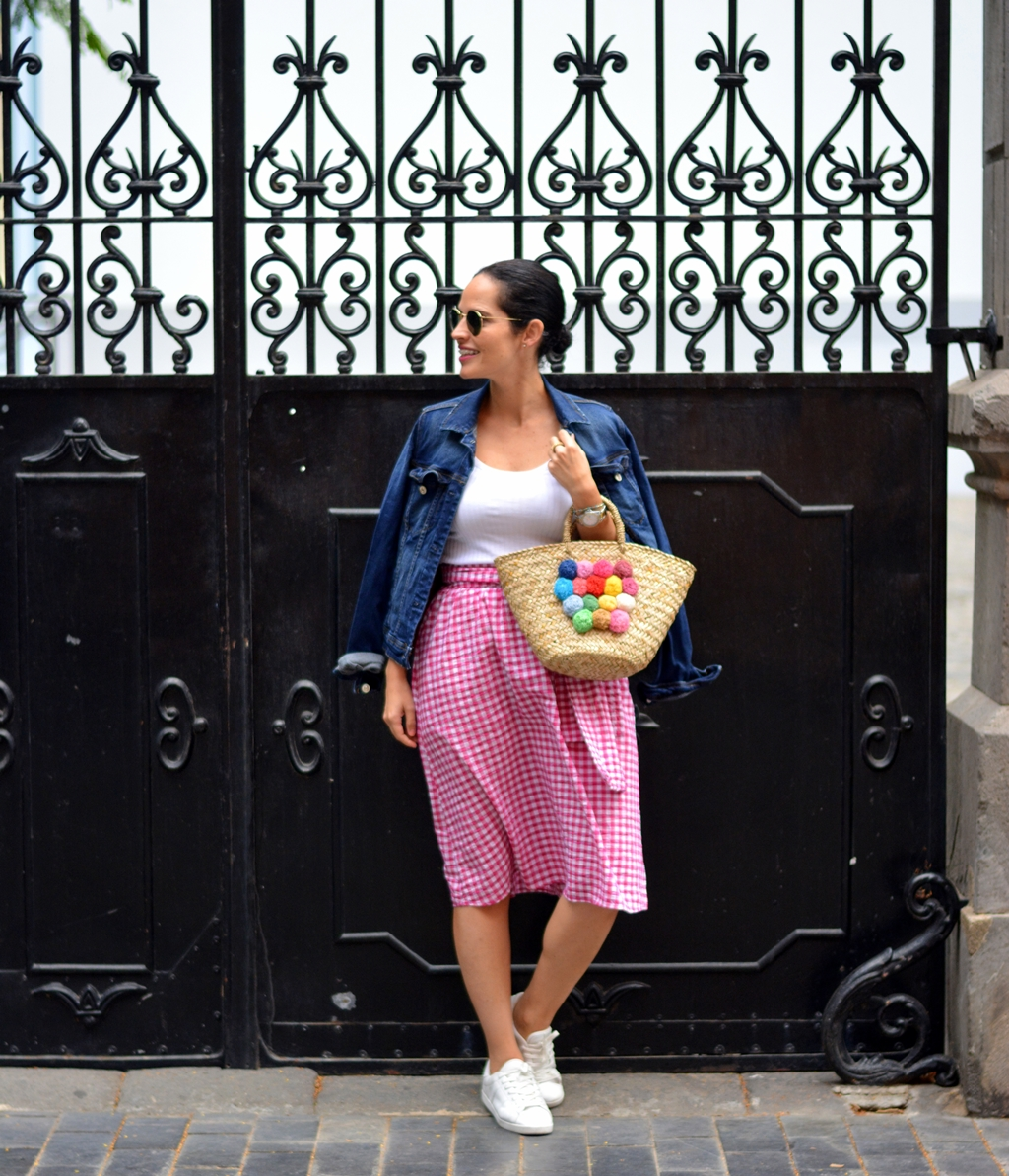 pink-skirt-denim-jacket-personal-shopper