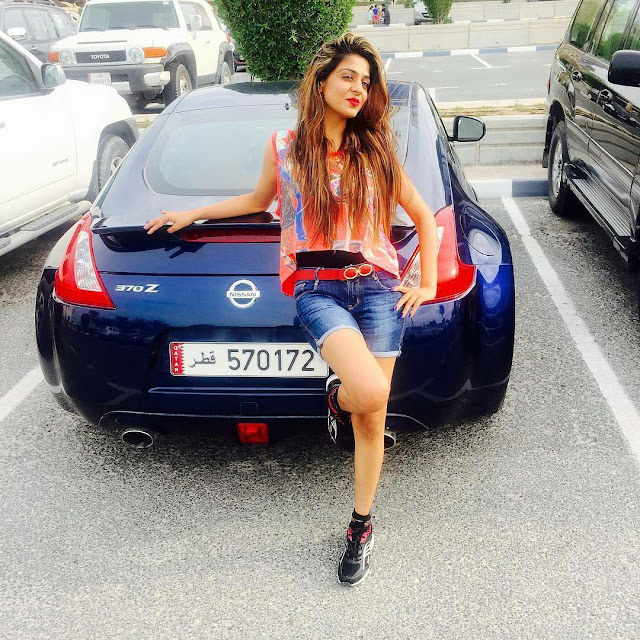 indian-instagram-girl-with-nissan-car