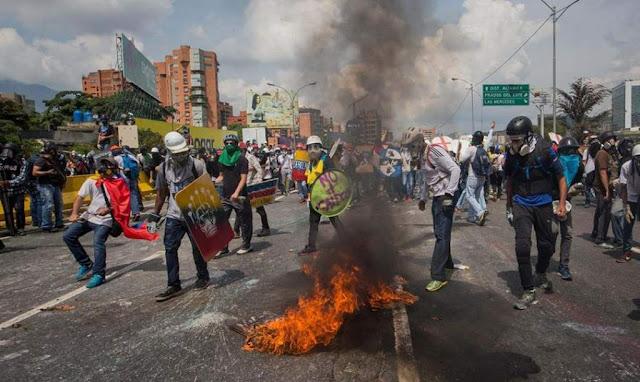 Protestas en Venezuela Dejan Más de 200 Detenidos por Saqueos en 68 Comercios