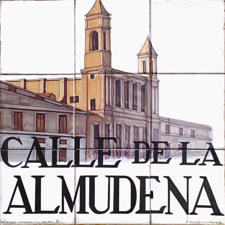Calle de la Almudena