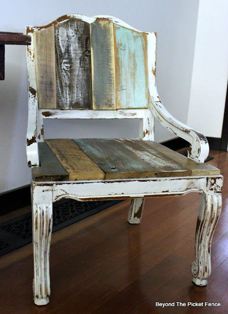 farmhouse chic, salvaged, upholstery, old chair, chippy paint, country, shabby, DIY, minwax, https://goo.gl/FtTkry