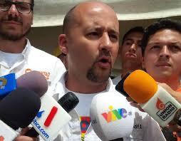 Lawrence Castro: incapacidad, falta de formación legal y económica de Maduro.
