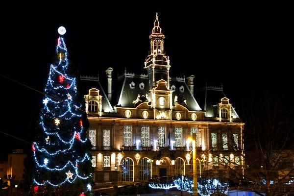 france limoges hôtel ville décorations noël illuminations