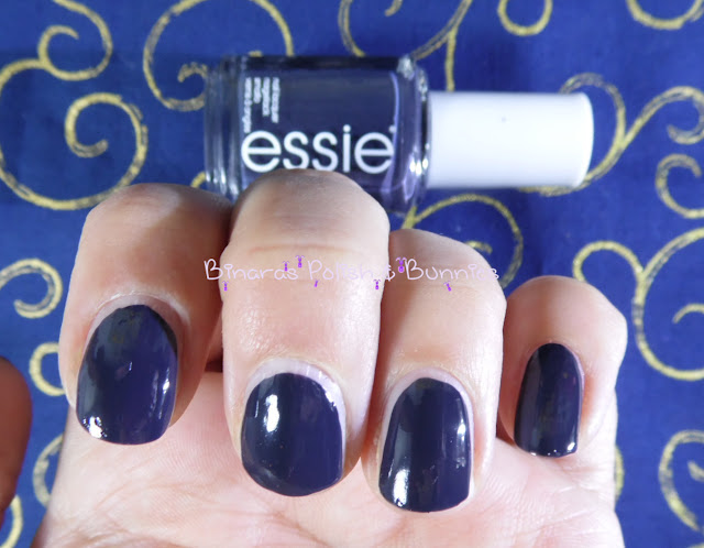 Essie NR201 Bobbing for Baubles 2