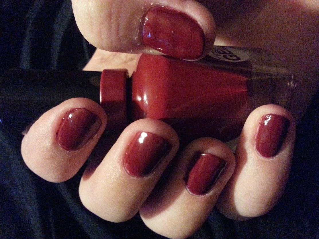 Vibrant Varnish: Sally Hansen Miracle Gel - Dig Fig
