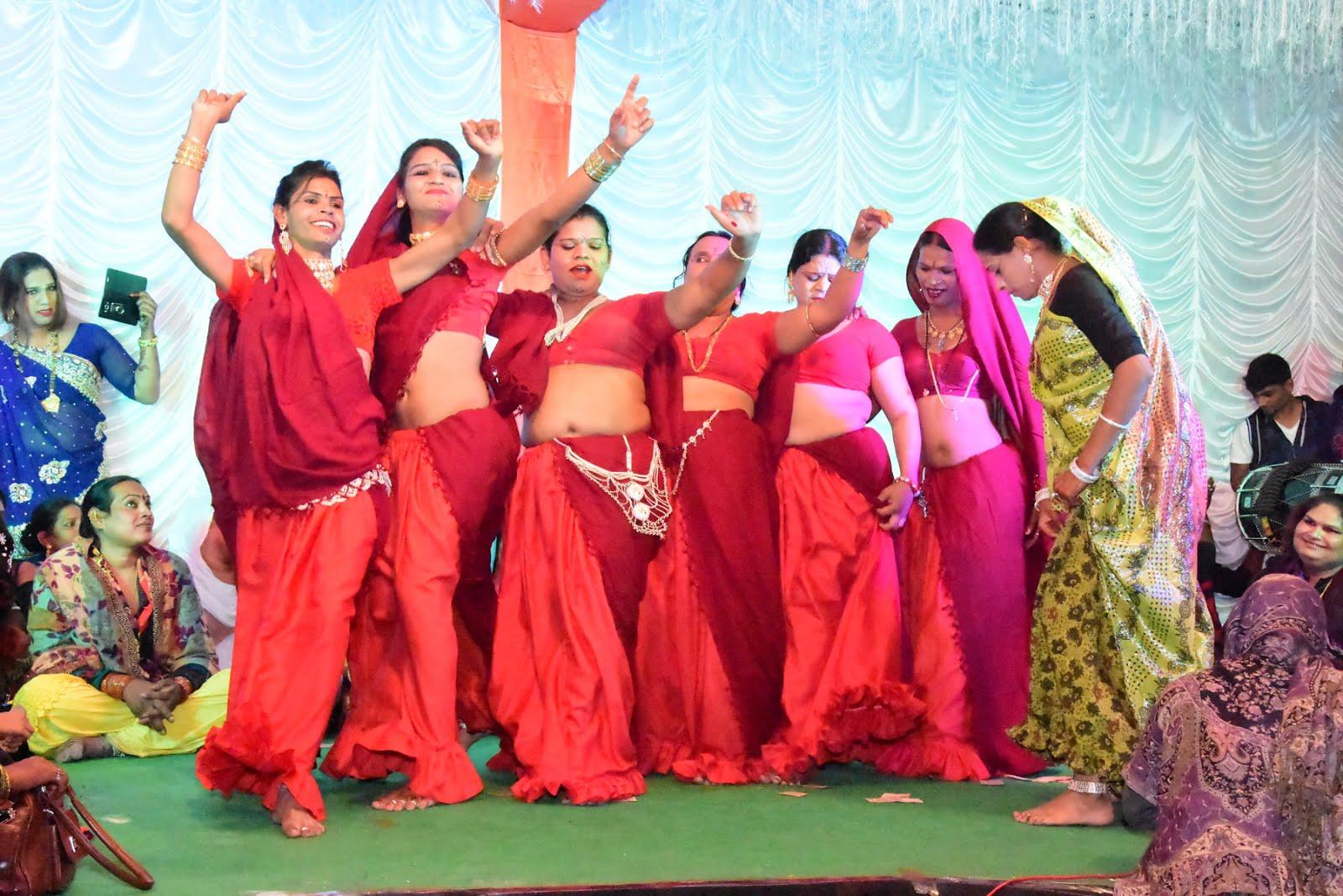 झाबुआ में चल रहा है १५ दिवसीय अखिल भारतीय किन्नर सम्मेलन -15-day-All-India-Kinnar-samellan-is-going-on-in-Jhabua