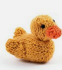 http://www.ravelry.com/patterns/library/little-hutty-duck