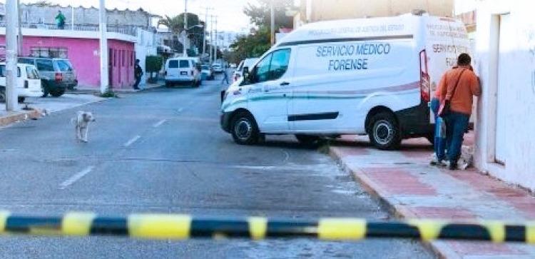 """""""Ya se la saben put...os"""" aparece decapitado con narcomensaje en Cancún"""