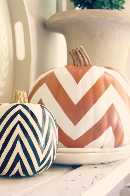 Белая тыква с пастельными треугольничками, Декор тыквы из шнура или веревки, Золотая тыква с виньеткой (МК), «Золото на бежевом» декор тыквы, Как правильно подготовить тыкву для поделок, Серебрёные тыквы своими руками, Тыква с блестками, Тыквенное трио — декор тыкв для композиции, Тыквы-смайлики на Хэллоуин (МК), Цветочно-фетровая тыква(МК), Черная тыква с золотистыми штрихами, Шикарные тыквы в стиле Shabby chic, красивое оформление тыкв на хэллоуин, красивое оформление тыкв для интерьера, как оформить тыкву на хэллоуин, чес можно оформить тыкву на Хэллоуин, идеи оформления тыкв на Хэллоуин, декор тыквы, тыквы в интерьере, украшение тыкв, как украсить тыкву га хэллоуин, hХэллоуин, 31 октября, Halloween, All Hallows' Eve, All Saints' Eve, тыквы на Хэллоуин, декор тыквы на Хэллоуин, украшение тыквы на Хэллоуин, декорирование тыквы, мастер-классы на Хэллоуин, как украсить тыкву на Хэллоуин, варианты декора тыквы, шикарные праздничные тыквы, День Благодарения, праздник урожая, тыквы на День благодарения, тыквы на Праздник урожая, тыквы для интерьера, декор интерьера на Хэллоуин, оформление интерьера тыквами, тыквы в интерьере, ttp://prazdnichnymir.ru/ Тыквы: шикарные идеи для дизайна + мастер-классы на Хэллоуин и праздник урожаяматериалы природные, поделки из тыквы, тыква, поделки из природных материалов, своими руками, поделки своими руками, материалы природные, поделки, мастер-класс, идеи поделок, Праздник урожая, поделки на Праздник урожая, Хэллоуин, поделки на Хэллоуин, шкатулки, декорирование тыкв, тыквы декоративные, интерьерный декор, тыквы для интерьера, украшение тыкв, оформление тыкв, декор осенний, для дома, аппликация, тыква с аппликацией, наклейки, смайлики, http://prazdnichnymir.ru/ Белая тыква с пастельными треугольничкамиматериалы природные, поделки из тыквы, тыква, поделки из природных материалов, своими руками, поделки своими руками, материалы природные, поделки, мастер-класс, идеи поделок, Праздник урожая, поделки на Праздник урожая, Хэллоуин, поделки